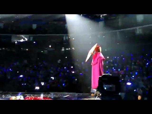 150207 Super Junior - Elsa Cosplay SuperShow6 in Shanghai [Fancam]