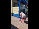 Бабушка учит кататься внучку))