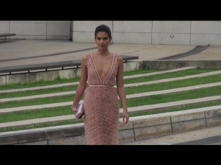 Sara Sampaio attends the 2018 CFDA Fashion Awards at the Brooklyn Museum in New York ( 720 X 1280 ).mp4