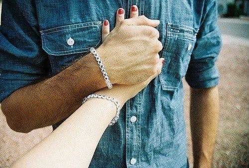♥ Жизненные статусы и цитаты о любви ♥(КЛАССНЫЕ)