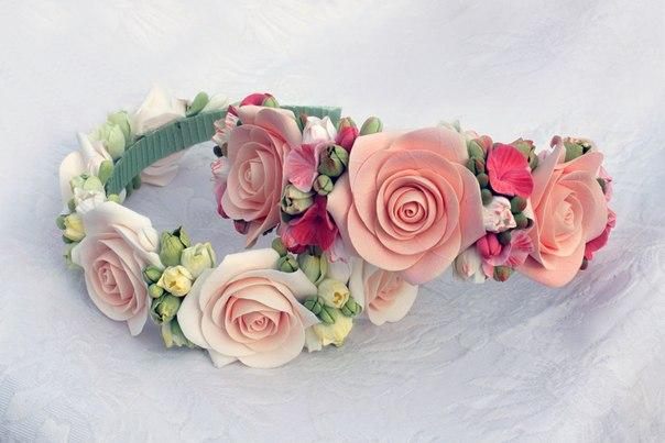 Ободки и заколки из цветов