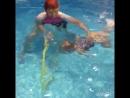 Обучение выныриванию на спину ребенка 2-3 года, умеющего нырять на долгой задержке дыхания. Моряки-Шамарики