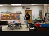 Детсадовцы из Теннесси поздравили глухого сторожа мистера Джэймса с Днём рождения [NR]