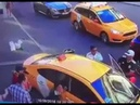 Наезд таксиста на пешеходов в центре Москвы
