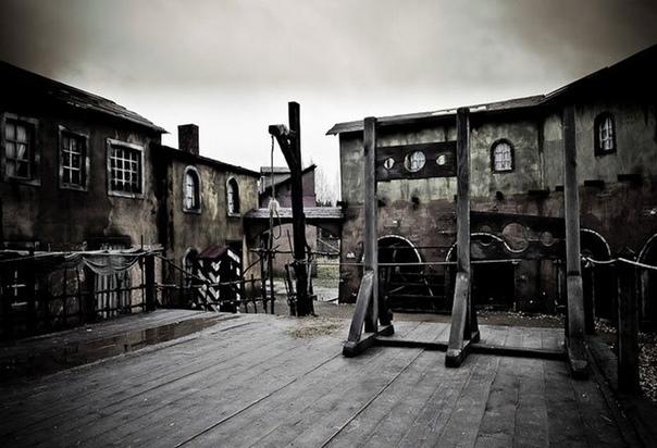 КЭМПДЕНСКОЕ ЧУДО ИЛИ НЕТ ТЕЛА - НЕТ ДЕЛА В 1660 году приказчик сэра Баптиста Хикса Уильям Гаррисон отправился пешком из Кэмпдена в соседнюю деревушку Черингворт для сбора арендной платы,