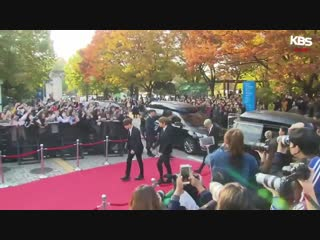 [181024] BTS on the red carpet at the 2018 Korean Popular Culture Arts Awards