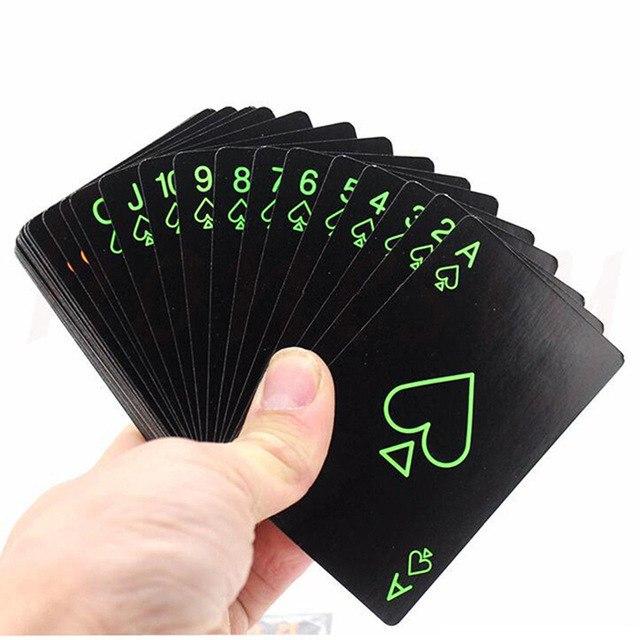 Игральные карты светятся в темноте 260