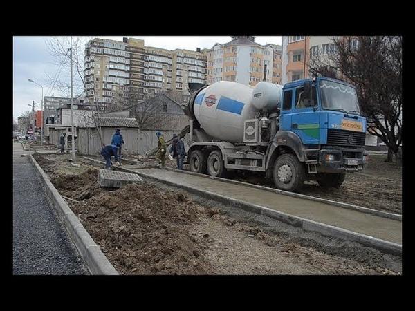 Работы по расширению улицы Крылова в Анапе завершаются