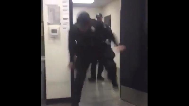 Полицейские в наши дни