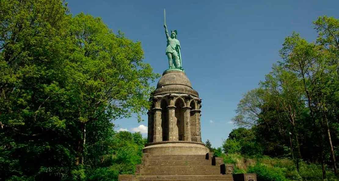 Монумент в честь Арминия