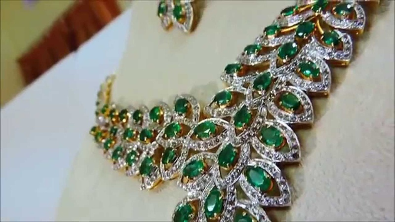 Super Hot Angelina Jolie High End Royal Emerald Diamond Necklace in 18K Gold