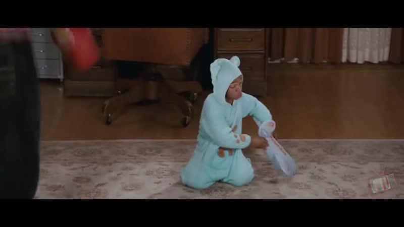 Малыш и Деррил обезвредили бандитов - Шалун (2006) - Момент из фильма