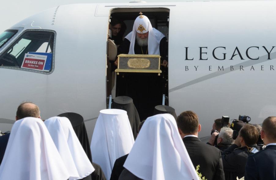 В РПЦ объяснили, откуда у патриарха частный самолёт