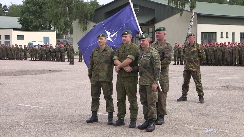 NATO priešakinių pajėgų bataliono kovinės grupės vadų pasikeitimo ceremonija