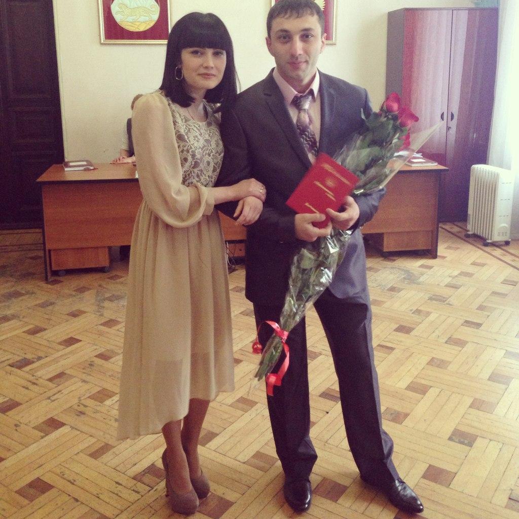 Lara Kava – Khadzhimurat Zoloev