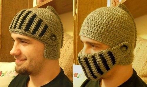 связать такую шапку.