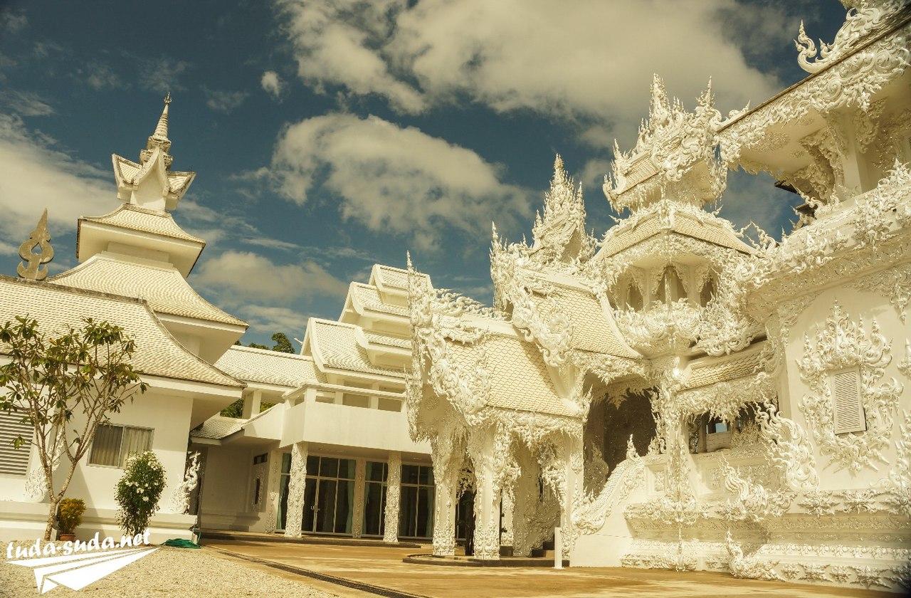 Храм Wat Rong Khun в Таиланде