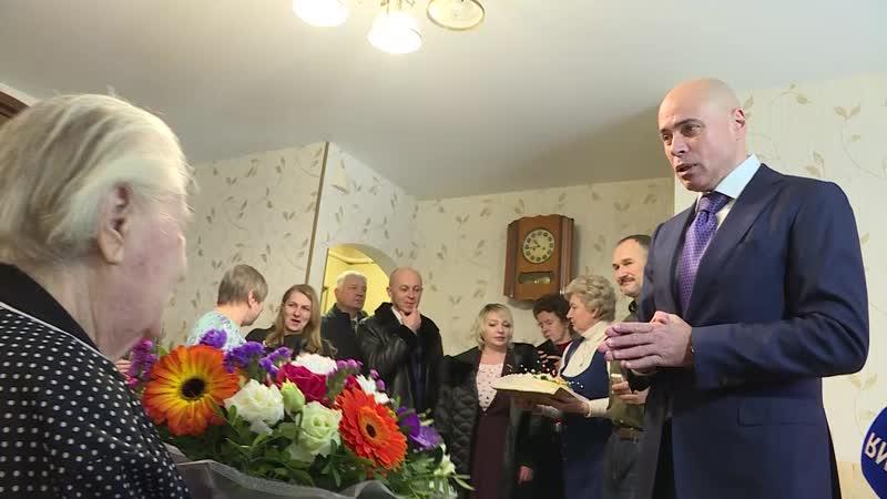 Липчанка поделилась секретом, как прожить 100 лет. Игорь Артамонов поздравил Клавдию Пашенцеву с вековым юбилеем.