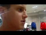Впервые идёшь по торговому центру и никого не понимаешь и тебя тоже видео от Ванька