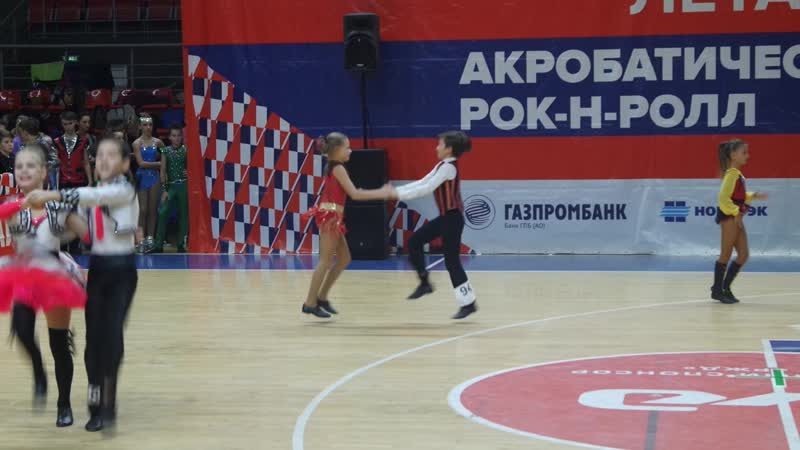 Карабаев Сергей - Андреенко Лилия. В класс-микст юноши и девушки. Отборочный тур