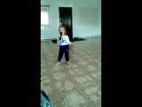 Внученька певица нам уже 2.7 месяцев)) Талантище бабушкино)*