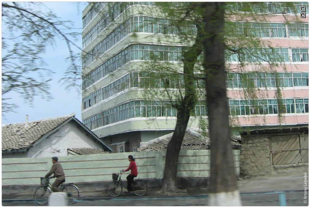 Чего стесняется прекрасная Северная Корея (Тёма в КНДР)