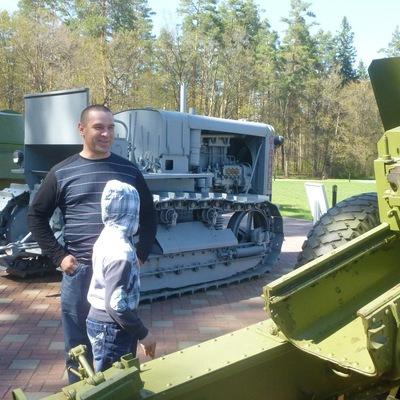 Николай Черняков, id161320870