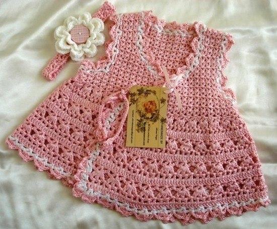 Розовое платье для девочки (4 фото) - картинка