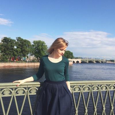Анна Реброва