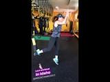 последняя тренировка Женевьев в спортзале HardCore Training Center в Кетчуме, штат Айдахо (из истории Джен на Инстаграме)
