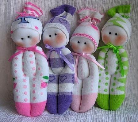 Забавные куклы из... обычных носков
