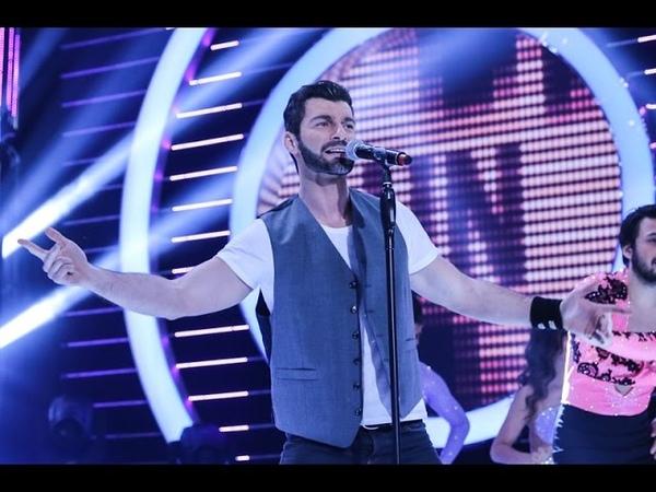 Özgür Özberk Ricky Martin Maria Canlandırması Benzemez Kimse Sana