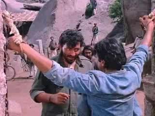 Дхармендра,Амитабх Баччан-фильм Месть и Закон(1975г)(480р)