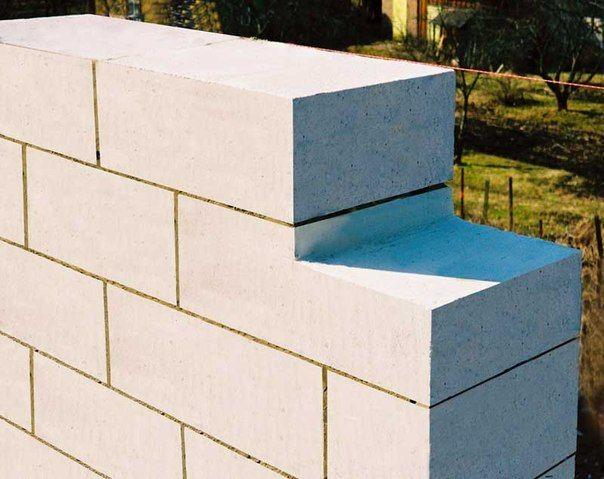 Газосиликатные блоки являются отличным строительным материалом для возведения домов и прилегающих к ним построек