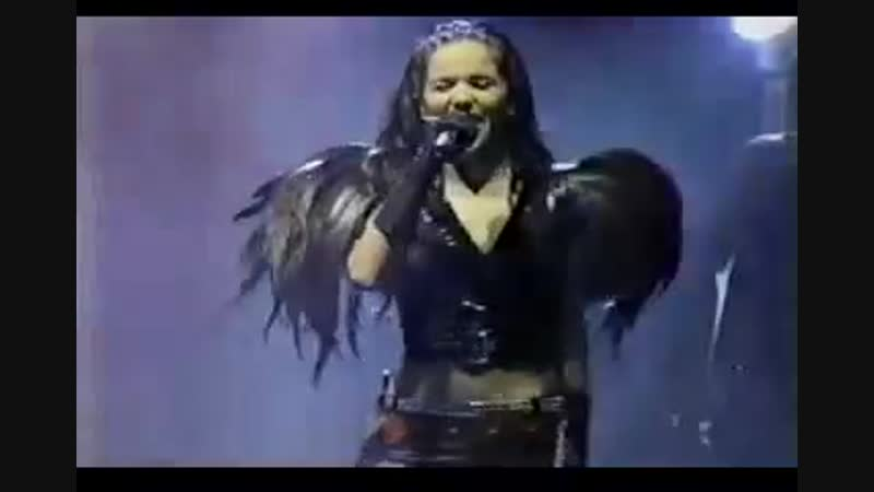 Natalia Oreiro - Recital Puerto Rico 2001 - Tu veneno y Huracan