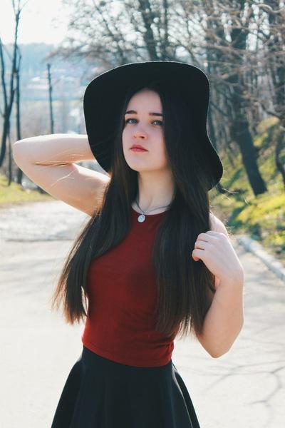 Виктория Гембец