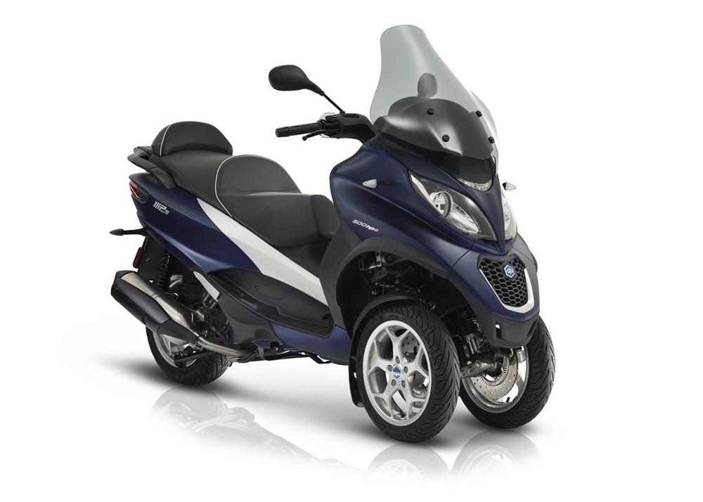 Новый трехколесный скутер Piaggio MP3 2018