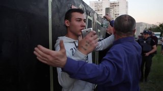 """Поклонников дивизии СС """"Галичина"""" избили в Днепропетровске"""