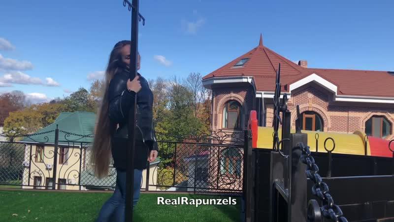 RealRapunzels - Julias perfect blonde mane (preview). 27.ХІ.2018.