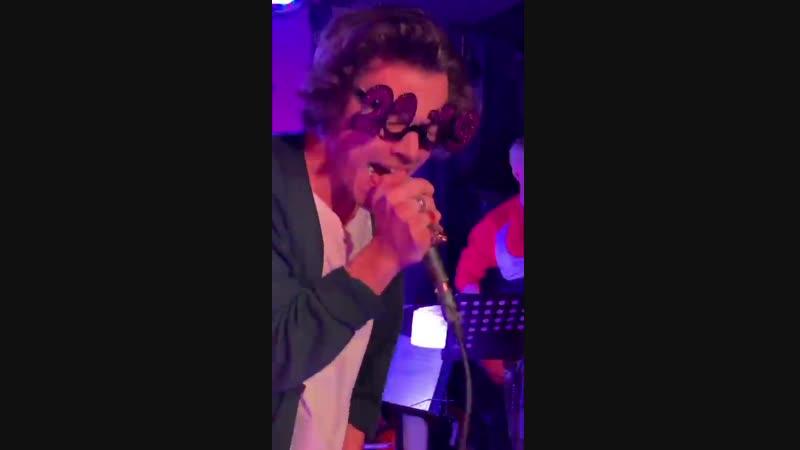 Harry styles - smells like teen spirit