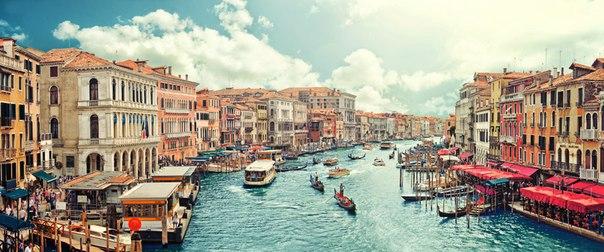 Венеция, вид с моста Риальто