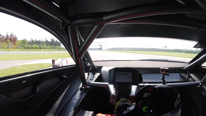 Drivers Eye View: Onboard the 2016 Mercedes C63 DTM Race Car