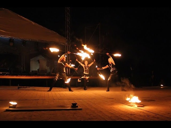 Огненное шoy NightFlame от театра FireMagic