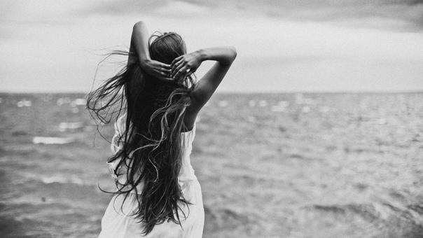 ТЫ — есть, ТЫ — живешь, ТЫ — дышишь, ТЫ — чувствуешь.