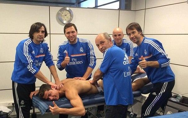 Спортивный массаж для футболистов.