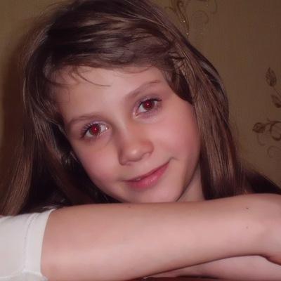 Алинка Ковина, 5 июня 1999, Кировск, id212251445