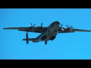 Ан-22 - самый музыкальный самолет в мире. Потрясающий звук!