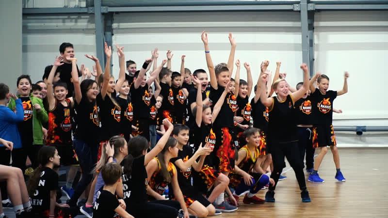Лучшие моменты игры тренеров против детей