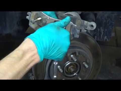Ford Explorer 4 - Замена тормозных колодок и ревизия суппортов.