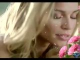 Гениальность настоящей женщины состоит в том, что какой бы грязью её не поливали - она всё равно будет пахнуть розами..!